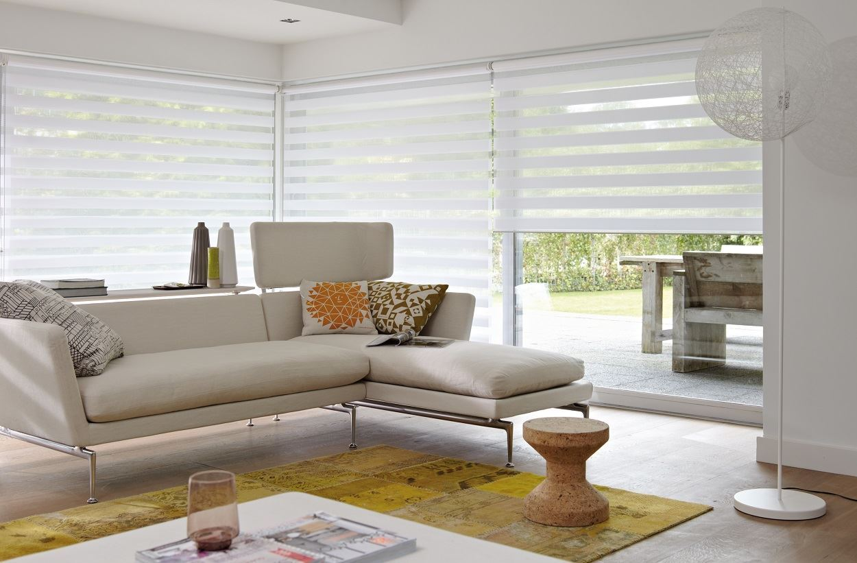 Afbeelding van Luxaflex® Twist® Rolgordijnen met Powerview