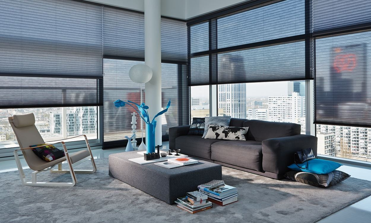 Afbeelding van Luxaflex® Duette® Shades 25 mm Top Down Bottom Up& Ingespannen  met koordrem