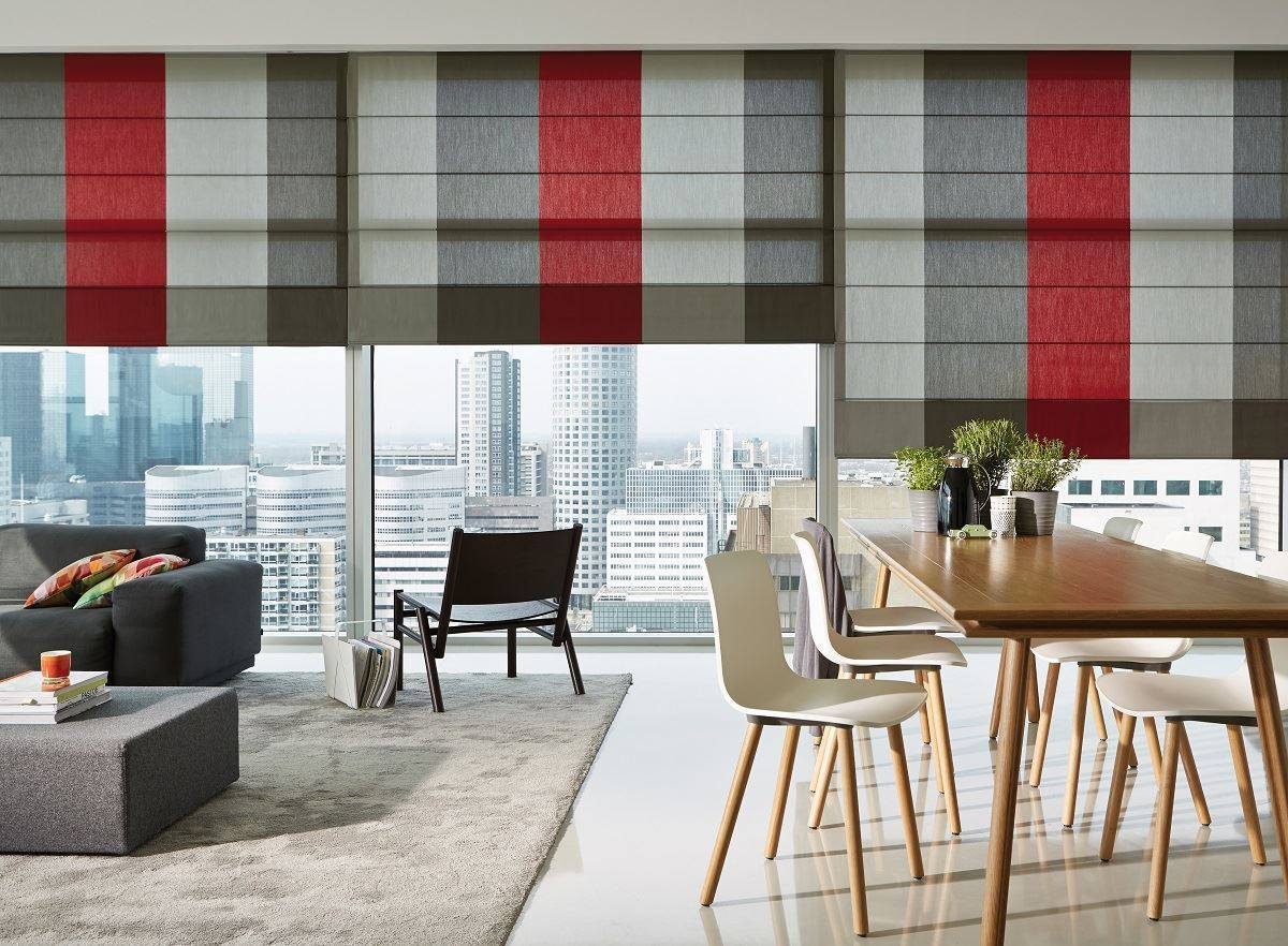 Afbeelding van Luxaflex® Roman Shades met TopDown/Bottom Up