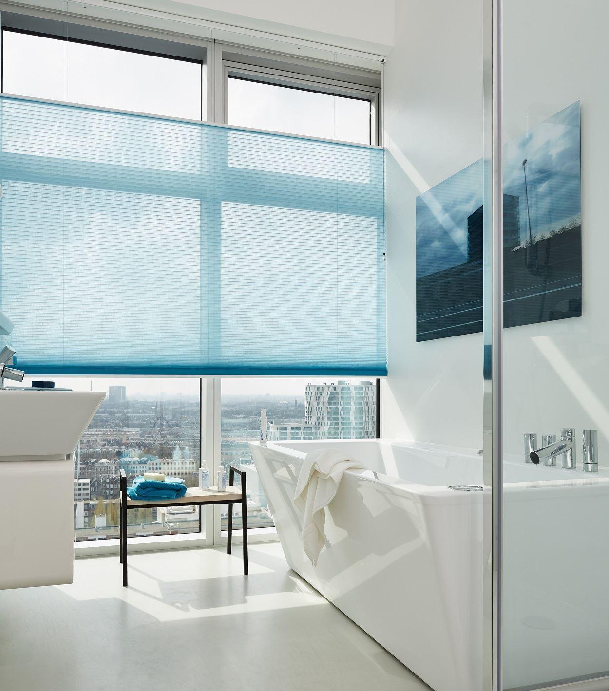 Afbeelding van Luxaflex® Duette Shades 64 mm Top Down Bottom Up&Literise